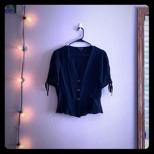 Topshop like new black cropped shirt.
